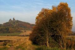 Podzim u hradu Trosky