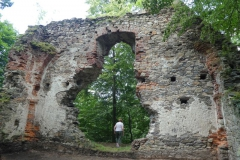 Zřícenina kostela v Lutové